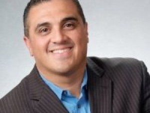 Real Estate Agent Gustavo Cardozo
